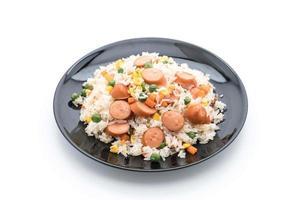 arroz frito com salsicha