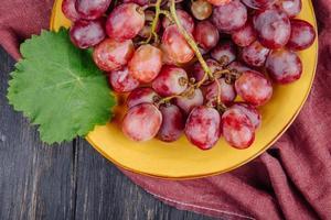 close-up de uvas vermelhas