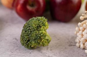 flor de brócolis com foco seletivo foto