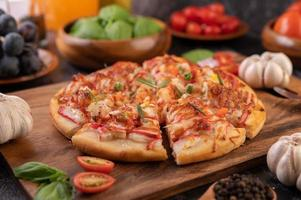 pizza caseira com ingredientes
