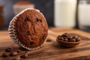 muffins de banana recém assados foto