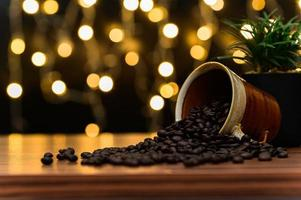 caneca de café na mesa foto