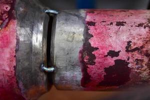 close up ponto de solda conexão entre tubo reduzir