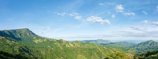 paisagem na montanha khao kho foto