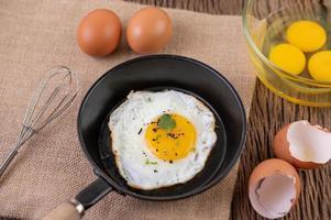 ovo frito café da manhã foto