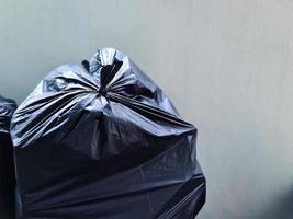 saco preto de lixo
