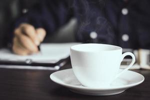 xícara de café quente foto