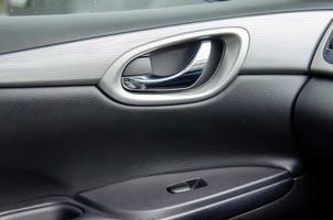 painel da porta do carro