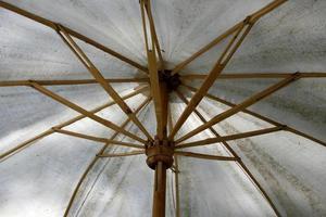 guarda-chuva dentro do fundo