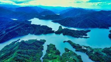 vista aérea do lago das mil ilhas foto