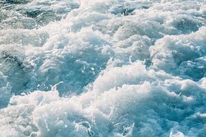 ondas no mar aberto