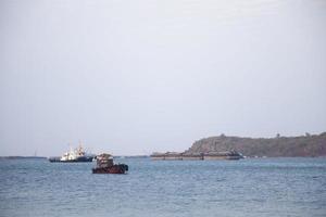 navios no mar