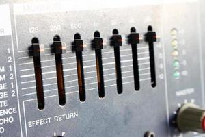 close-up de controles deslizantes