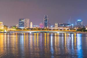 beira-mar na cidade de Singapura foto
