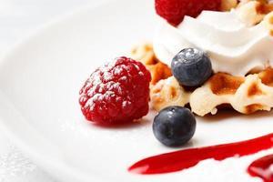waffle com fruta foto