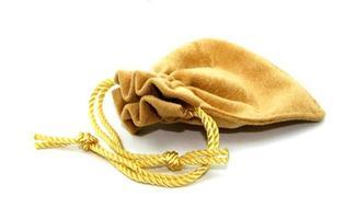 bolsa de joias isolada no fundo branco foto