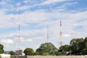torres de rádio e telecomunicações