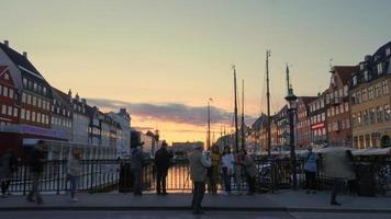 copenhagen, dinamarca, 2020 - porto de copenhagen ao pôr do sol