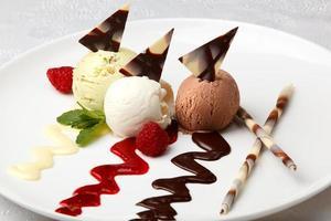 sorvete gourmet com sabor foto
