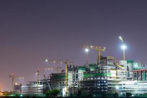guindastes de construção em bangkok, tailândia