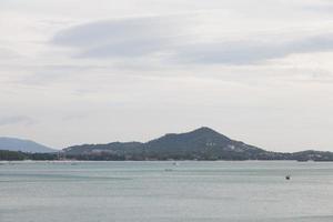 montanhas em koh samui, tailândia foto