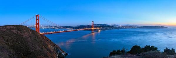 ponte Golden Gate no crepúsculo, São Francisco, EUA foto