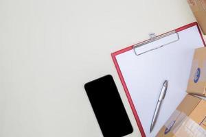 mesa plana, mesa de escritório com vista superior foto