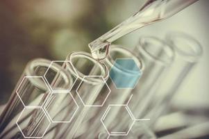 experimentos científicos e equipamentos de laboratório foto