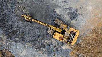 vista superior de uma velha escavadeira