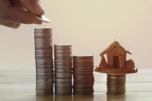 empilhando moedas para economizar