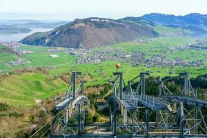 vista de mt. Stanserhorn na Suíça foto