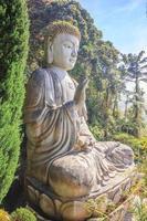 estátua de Buda no templo de Chin Swee Caves em Pahang, Malásia foto