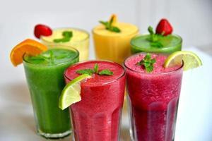 grupo de smoothies de frutas
