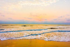 mar e praia foto