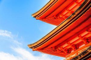 templo kiyomizu dera em kyoto, japão foto