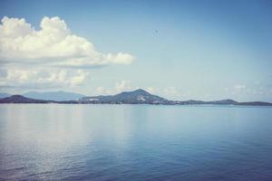 ver o mar da ilha de Samui, Tailândia foto