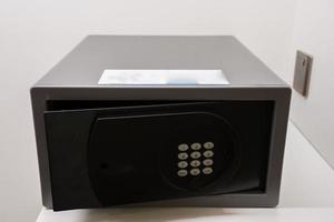 caixa de segurança preta