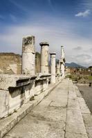 ruínas de pompéia na itália foto