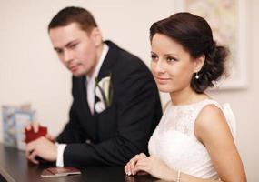 casal casado à mesa