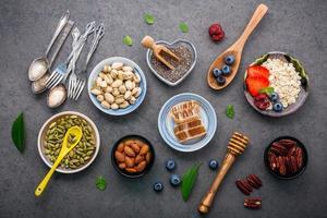 postura plana de alimentos saudáveis foto