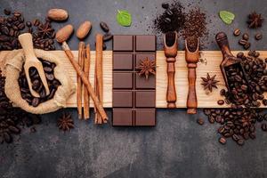 chocolate e especiarias foto