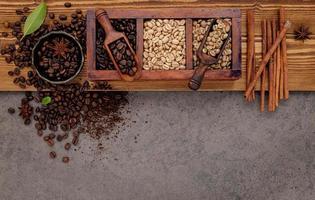 especiarias com café