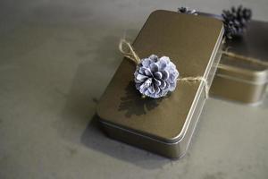 caixa de presente de metal