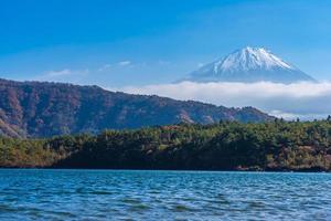 mt. Fuji no Japão no outono foto
