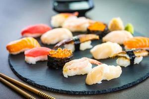 conjunto de sushi nigiri