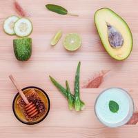 ingredientes caseiros para cuidados com a pele e esfoliantes corporais foto