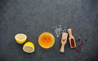 ingredientes para vinagrete de limão