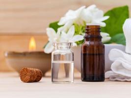 óleos essenciais aromáticos foto
