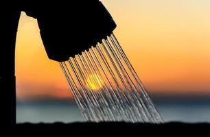 pôr do sol em um chuveiro