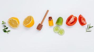 ingredientes frescos para cuidados com a pele foto